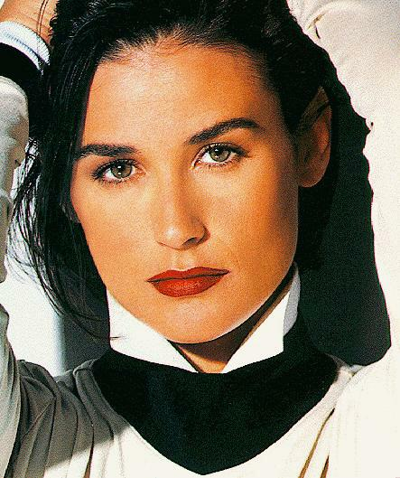BabeStop - World's Largest Babe Site - demi_moore004.jpg