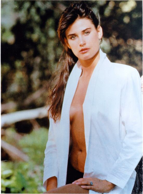 BabeStop - World's Largest Babe Site - demi_moore036.jpg