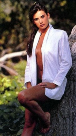 BabeStop - World's Largest Babe Site - demi_moore105.jpg